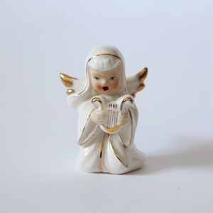 Ceramic Angel with Harp Small・陶器のハープを持った天使 S U.S.A