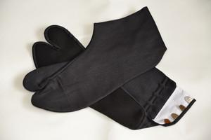 黒底・黒足袋