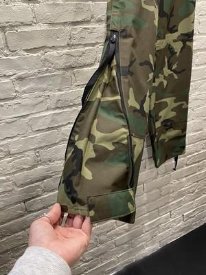 【ユニセックス】アメリカ軍 GORE-TEX カモフラージュパンツ【ゴアテックス ミリタリーパンツ】