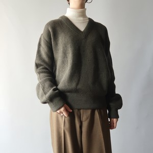 SAINT JAMES V-neck sweater / French army