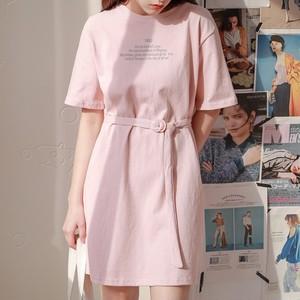 【dress】優しい感じアルファベットベルト付き一目惚れワンピース