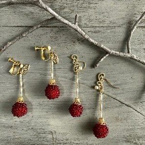 raspberry  ( pierce & earring )
