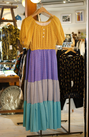 Ladies' / changed color and square dot pattern dress