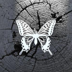 cometman 大きい蝶の羽のネックレストップのみ