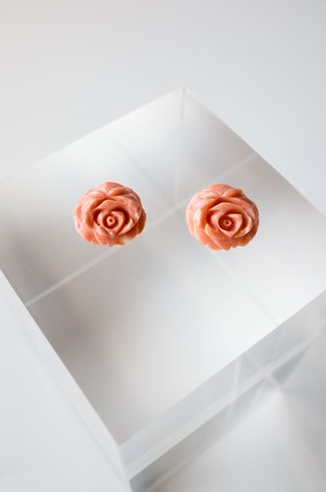 Flower Carving Coral  /pair - 005