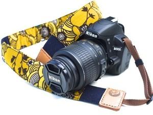 カメラストラップ 4㎝巾 一眼レフ用 両面 紅型デザイン 反物 波 黄色