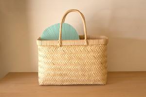 岩手県の篠竹で編んだ市場かご