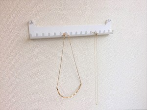 壁掛けアクセサリー簡単収納 B-type(ネックレス用)ホワイト