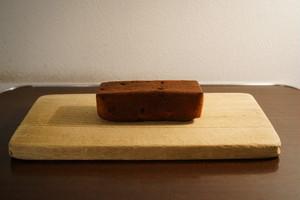 クルミとレーズンのパウンドケーキ