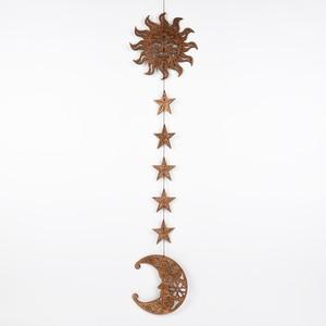 太陽と月と星々のガーランド(木の壁飾り)