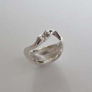 "Swan ring ""Sleek"""