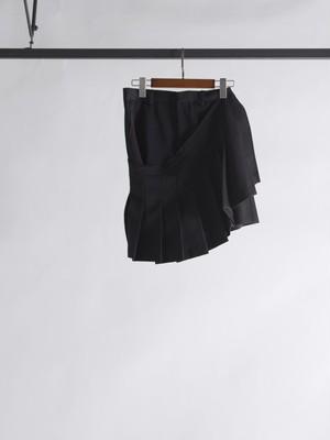 bondage kilt shorts
