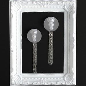 大きな鏡◯3連パールの SVタッセルピアス or イヤリング
