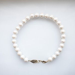 Vintage glass pearl choker