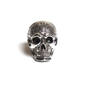 "CONSIGLIERE/コンシリエーレ The ""First"" Memento Mori Skull Ring with madible"