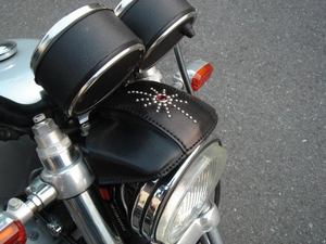 "HEADLIGHT VISOR""BRA""BLACK/STUDS"