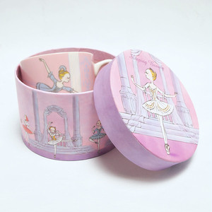 箱付きマグカップ:眠れる森の美女2