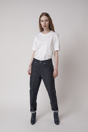 HIGH WAIST SLIM STRAIGHT RAW DENIM