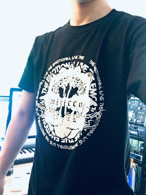 「THE EMOTIONAL LIVE」Tシャツ