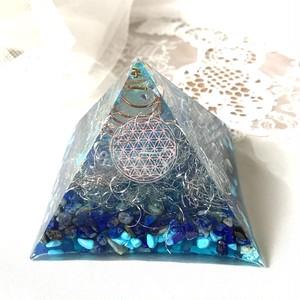 オルゴナイト 空間浄化 ピラミッド型 ラピスとターコイズと天使のはね