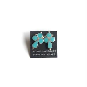 turquoise earring -cross-