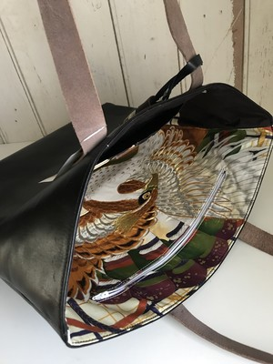 black leather bag  / eagle・colorful line