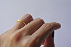 """Pinky Ring/Phalange Ring""""TSU MA MU"""" (Gold)"""