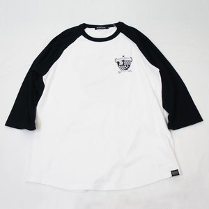 Emblem Raglan Sleeve T  White × Black