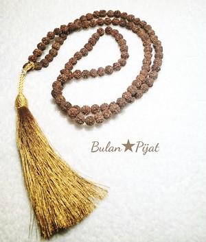 108粒のルドラクシャマーラー【菩提樹の実】木の実ネックレス 数珠 マントラ