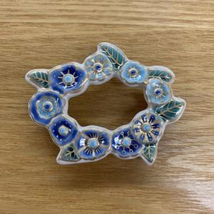 花のリース ブルー(帯留)