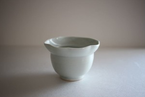 土井善男|乳白釉3寸輪花小鉢