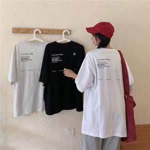 バックロゴルーズフィットTシャツ