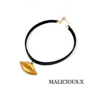 lip choker / yellow gold