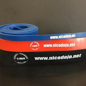ウォームアップや自宅でも簡単にトレーニング! Training band (tube) 3 size: blue, red, blac トレーニングバンド 青・赤・黒 3本セット