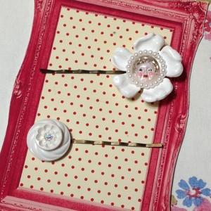 493 白いお花のヘアピンセット