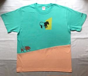 【2021年Tシャツ展】aosansyo「どこでもバク」Tシャツ エメラルド×アプリコットピンク メンズLサイズ(Unisex)【ハンドメイドTシャツ・作家作品】