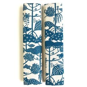 シートベルトカバー 紅型デザイン 琉球の森 青緑