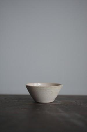 豆鉢 / ちいさな湯のみ / ぐい呑み(白)