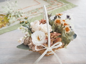 Panier de fleurs <Le printemps antique>*スミレ咲く春の花かごアンティーク*プリザーブドフラワー*花*ギフト