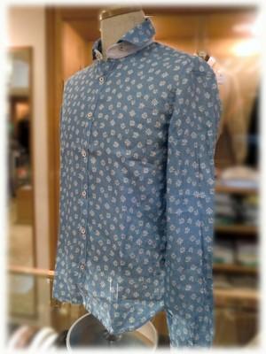 【 POGGIANTI 】 ポッジャンティ - Italy -             麻素材 長袖シャツ       カラー脱着式 × 小紋柄