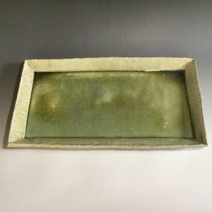 緑釉長方皿