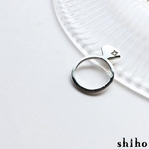 宝石のシルエットをかたどったリング【silhouette ring(sv)<石あり>】
