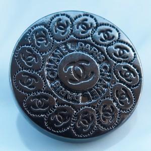 825 CHANEL(ヴィンテージ シャネル) COCOマーク デザイン ボタン ブラック