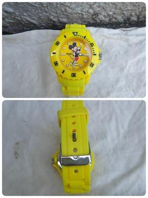 オーバーザストライプスOVER THE STRIPES×ビームスBEAMS×ディズニーDisney/美品/ミッキー/腕時計/黄色/