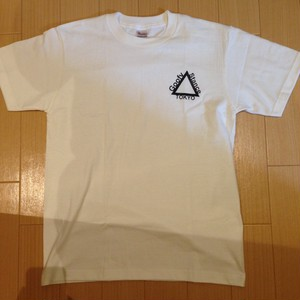Triangle Logo T-Shirts WxB (S,M,L,XL)