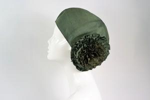 着物地お花ベレー帽:グリーンの帯地 着物リメイク/国内送料無料/1811b06