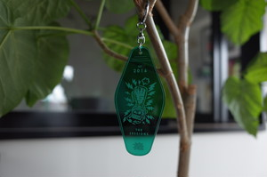 """AND THROUGH DESIGN×THE SESSIONS """"JUMBLE TOGETHER"""" Motel Key Holder"""