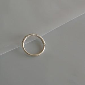 ハリガネを巻いた銀の指飾り
