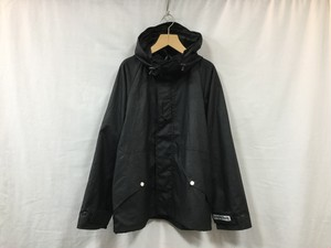 """UNIVERSAL PRODUCTS."""" WAXED MOUNTAIN PARKA BLACK"""""""