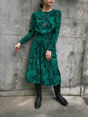 80s green ×  black floral rayon dress ( ヴィンテージ グリーン × ブラック 花柄 レーヨン  ワンピース )